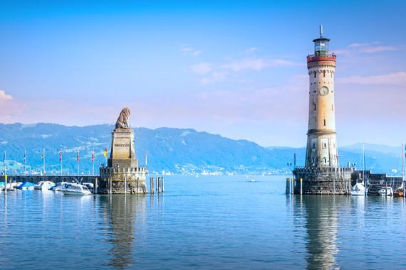 Erholsame Familienferien, der stimmungsvolle Romantikurlaub oder Ausspannen in der Natur mit Sport und Unterhaltung sind beim Camping am Bodensee möglich.