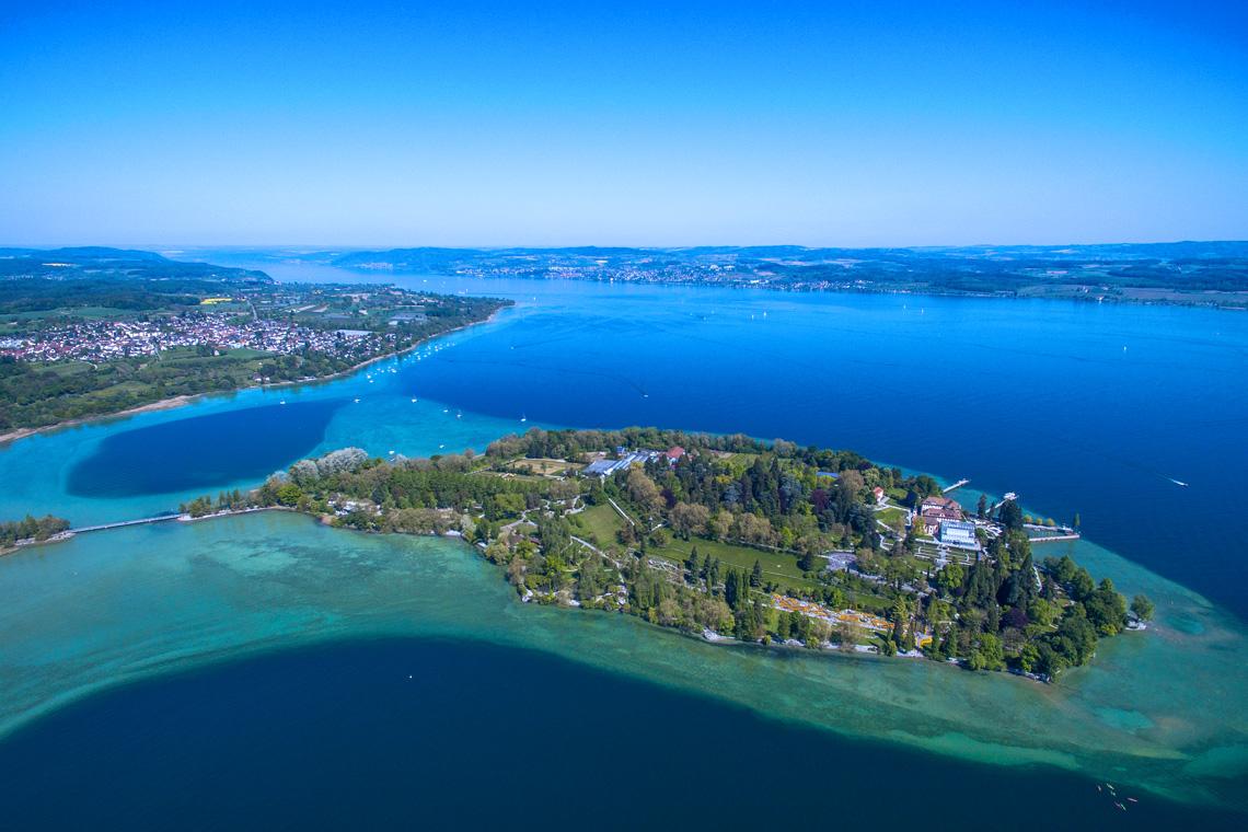 Das wohl beliebteste Ausflugsziel beim Camping am Bodensee ist die Blumeninsel Mainau.