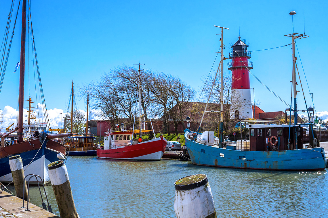 Mit einem Besuch im Museumshafen von Büsum macht man vor allem den kleinen Urlaubern eine Freude.